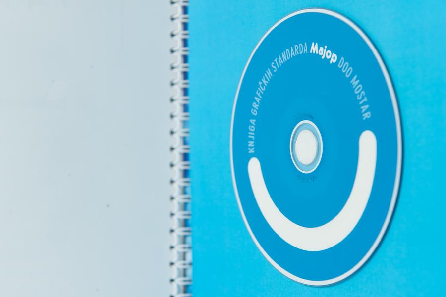 distributer vinidija proizvoda dizajn logo vizualni identitet, shift agencija